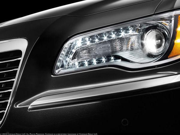 La prochaine Chrysler 300 C commence à se montrer
