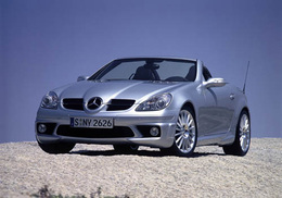 Mercedes SLK 55 AMG : attention étoile piquante