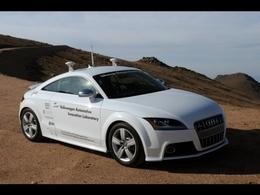 Une Audi TTS efface la montée de Pikes Peak en 27 minutes... sans conducteur au volant ! (vidéo)