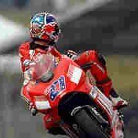 Moto GP: Ducati fait déjà tourner la GP8 !