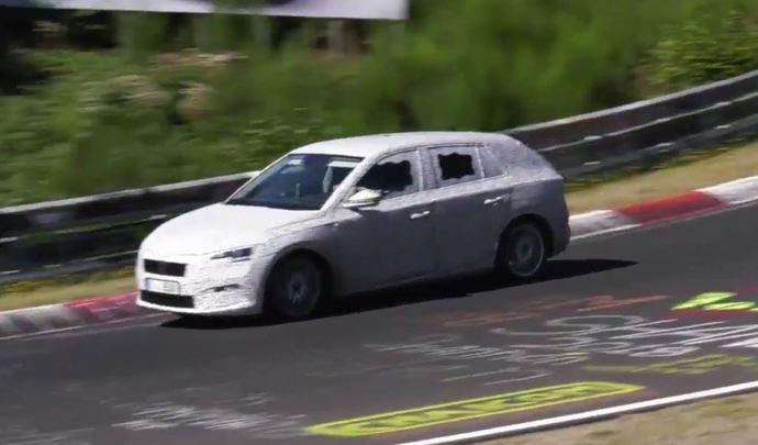 La Skoda Scala se mesure au circuit du Nürburgring