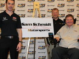 Simon Pagenaud signe en IndyCar pour 2012!