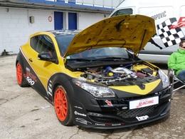 Megane RS Dijon Auto Racing : 500 chevaux et moins de 8 minutes sur le Nürburging