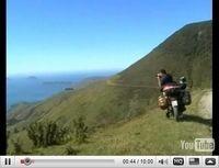 Vidéo du jour : Le tour du monde en Transalp...