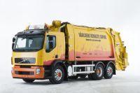 Suède/Volvo Trucks : tests des premiers camions-poubelles hybrides