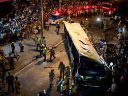 Accident de bus spectaculaire à Rio
