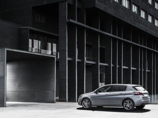 La Peugeot 308 également élue produit industriel de l'année par L'Usine nouvelle!