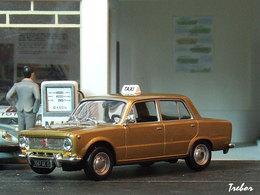 1/43ème - LADA 1200 taxi