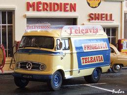 1/43ème - MERCEDES L319 Téléavia