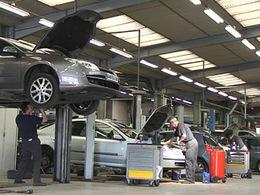 15 000 postes supprimés en 2013 dans la distribution automobile ?