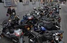 Actualité: A Paris il ne fait pas bon de faire les trottoires pour les deux roues