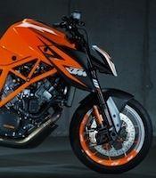 KTM: le proto de la 1290 Super Duke R sur la ligne de départ du festival Goodwood