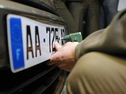 Les fausses plaques d'immatriculation se multiplient en France
