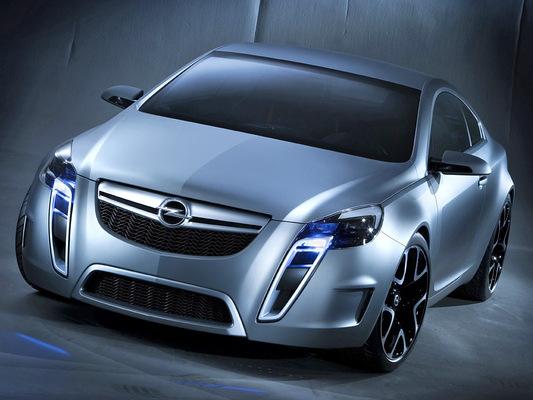 Le retour de l'Opel Calibra est confirmé