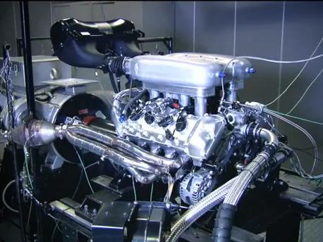 (Vidéo) Lotus tease son futur V8