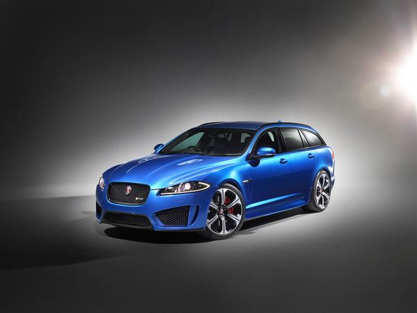 La future Jaguar XF est de sortie!