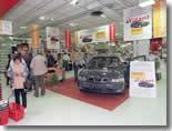 Des voitures en vente dans les supermarchés
