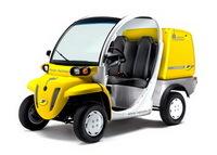 Economie: La Poste achète 100 voitures électriques !
