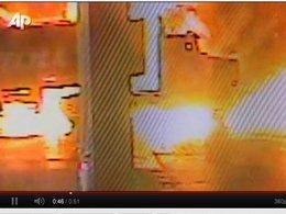 [vidéo] Quand le camion citerne explose en plein ravitaillement...