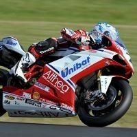 Superbike - Phillip Island: Carlos Checa ouvre le bal