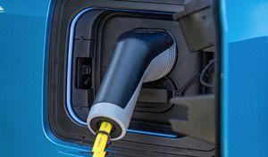 BMW : l'électrique progresse mais reste une goutte d'eau