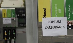 Gilets jaunes: quelques stations en pénurie de carburant