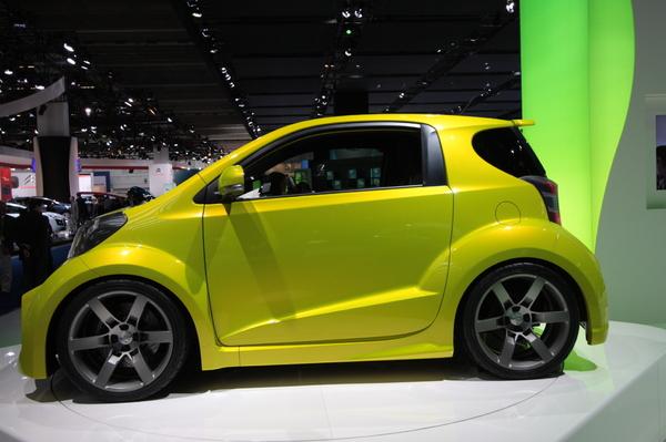 Direct Francfort 2009 : Toyota joue à l'IQ
