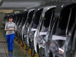Le marché automobile russe continue de plonger