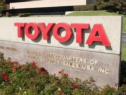 Toyota accepte de payer pour l'histoire de l'accélérateur bloqué