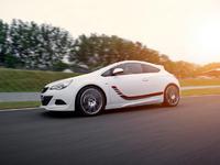 Irmscher offre 170 ch à l'Opel Astra GTC 1,4l