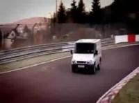 La vidéo du jour : Ford Transit on the Ring' !