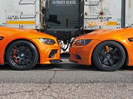 AUTOcouture Motoring : 2 oranges (com)pressées