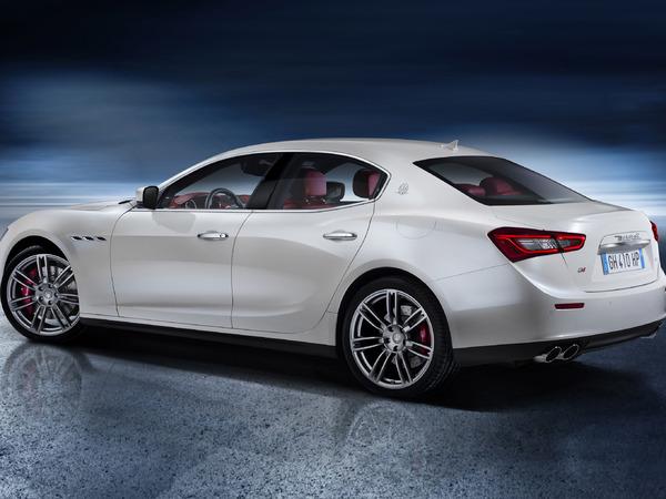 Ecoutez le son de la Maserati Ghibli V6