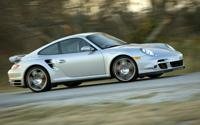 Porsche 911 Twin Turbo par Hennessey: 700 cv dans la moyenne