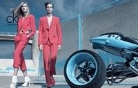 Calvin Klein : La campagne pub avec un gros boudin...