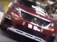 Scoop : le Peugeot 3008 se montre dans son usine