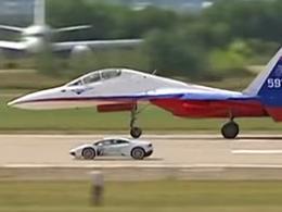 Lamborghini vs avion de chasse, un classique