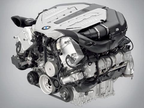 BMW passe la 555i
