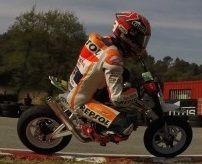 MotoGP: traumatisé par Rossi, Marquez retourne en mini-bike!