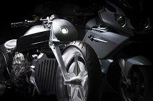 Vidéo - BMW: au secours les Japonais refont la K 1600 !
