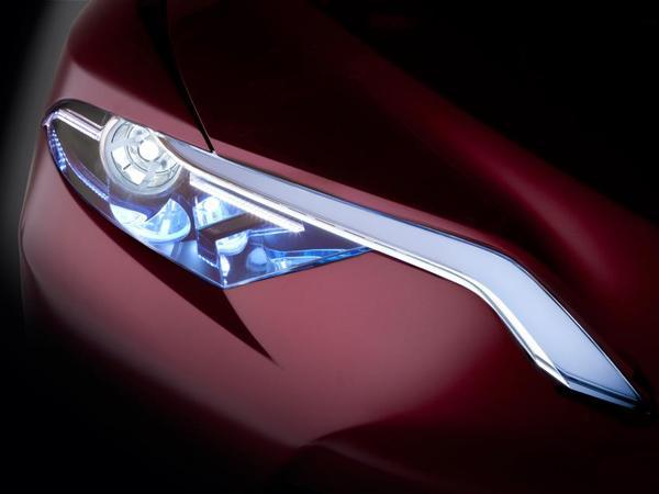 Détroit 2012 : concept Toyota NS4 en approche