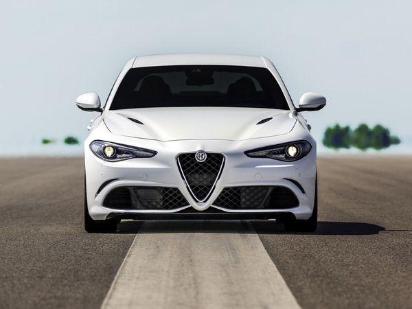 Alfa Romeo Giulia : un mode semi-autonome pour 2020 ?