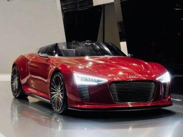 Audi e-Tron Spyder, maintenant en rouge