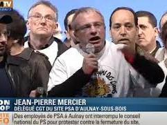Politique: les salariés de PSA Aulnay apostrophent  Jean Marc Ayrault  au conseil national du PS