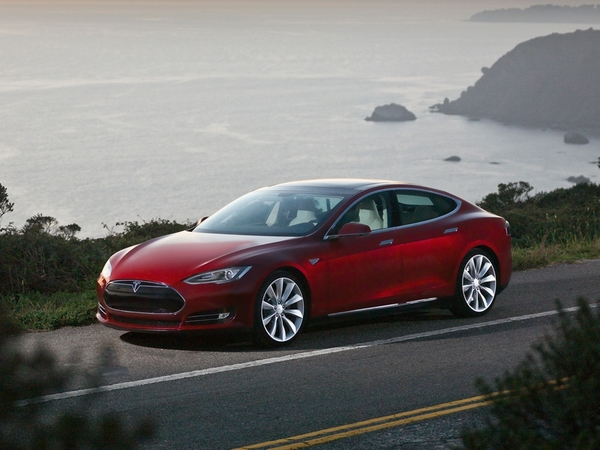 tesla d voile les prix de la model s partir de. Black Bedroom Furniture Sets. Home Design Ideas