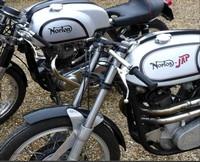 vente aux ench res de motos anciennes par osenat le 20 mars 2011. Black Bedroom Furniture Sets. Home Design Ideas