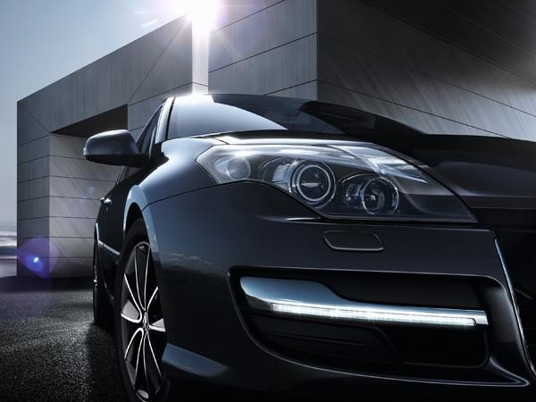 Renault présente sa Laguna Collection 2013