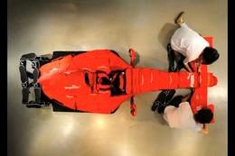 [Vidéo] Puma s'amuse à fabriquer une Formule 1 Ferrari