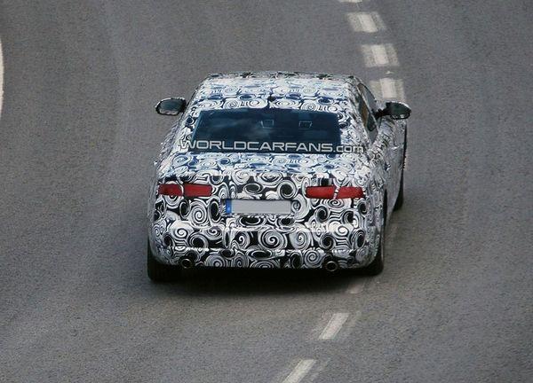 Spyshot : revoilà déjà la future Audi A8