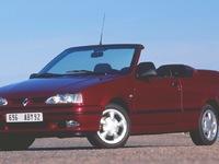 Renault 19 Cabriolet (1991-1996) : une découvrable stylée et familiale dès 2500€